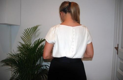 blusa botones espalda